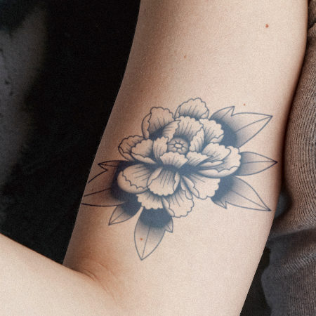 Igo by inkbox is a Flowers temporary tattoo from inkbox - main