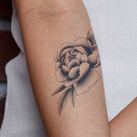 Falura by inkbox is a Flowers temporary tattoo from inkbox - main