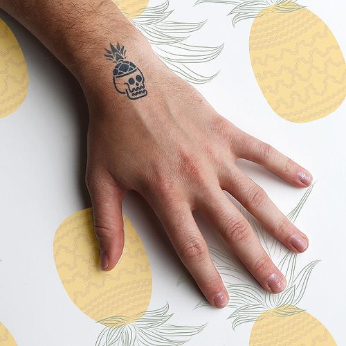 Ananas by Rafael Tato is a Food & Drink temporary tattoo from inkbox - 0