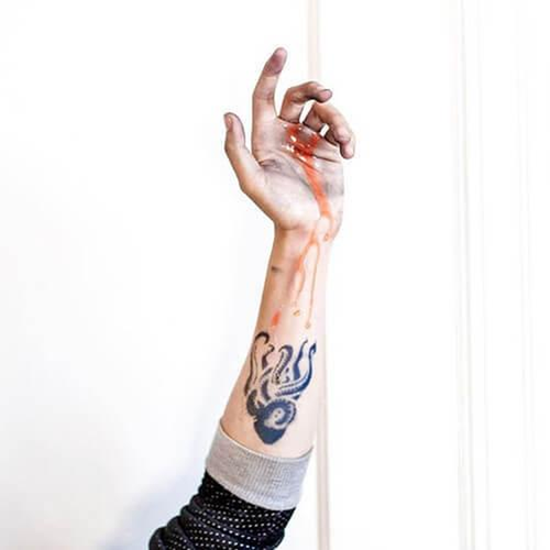 Eight Foot by Kristine Vodon is a Animals temporary tattoo from inkbox - 1