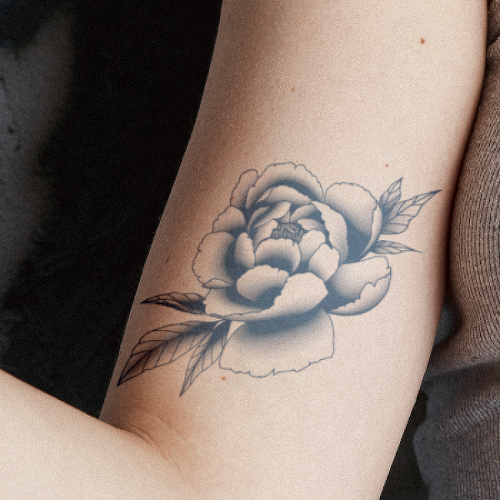 Falura by inkbox is a Flowers temporary tattoo from inkbox - 2