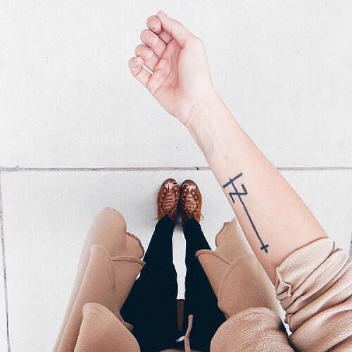 Gezellig by inkbox is a Geometric temporary tattoo from inkbox - 1