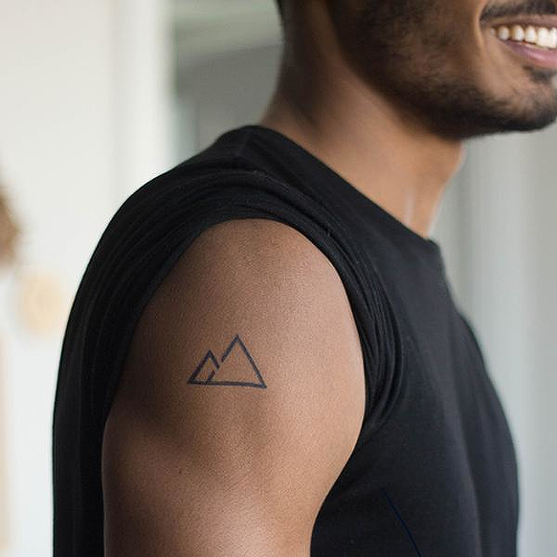 Las Cumbres by inkbox is a Geometric temporary tattoo from inkbox - 0