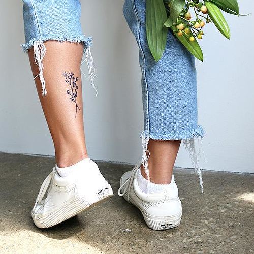 Lathyrus by Xixi Wang is a Flowers temporary tattoo from inkbox - 2