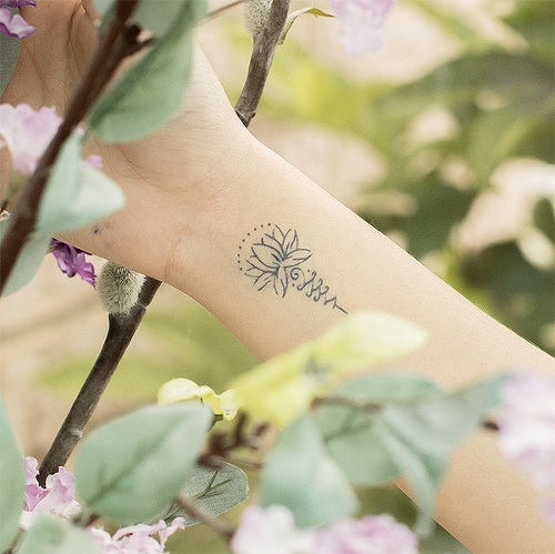 Moira by Louise Z. L. is a Flowers temporary tattoo from inkbox - 0