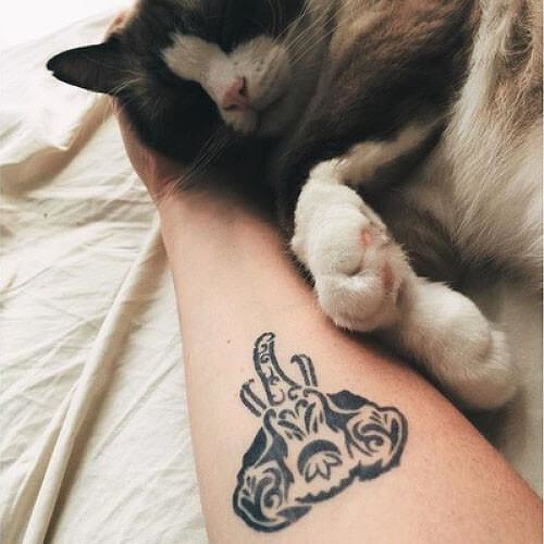 Onism by Kristine Vodon is a Animals temporary tattoo from inkbox - 3
