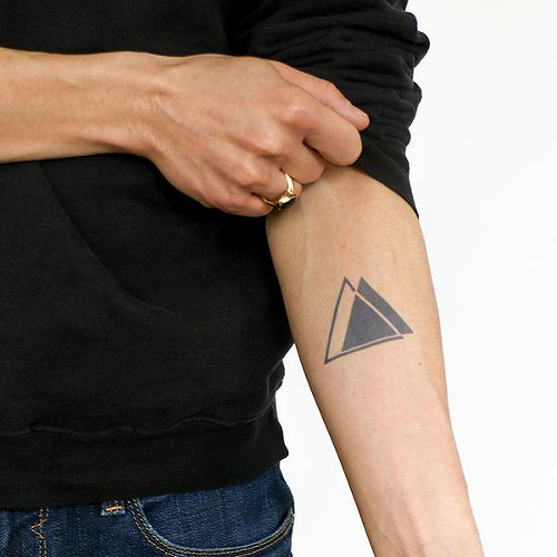 Palmer by @heyyJules_ is a Geometric temporary tattoo from inkbox - 0