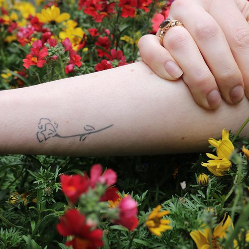 Papaver by mary wilkinson is a Flowers temporary tattoo from inkbox - 1