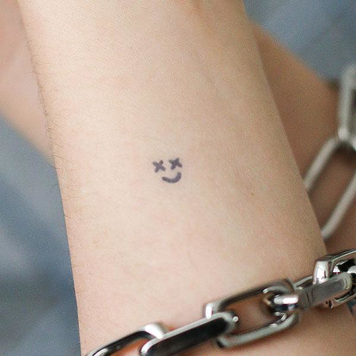 Smiley by Post Malone is a  temporary tattoo from inkbox - 2